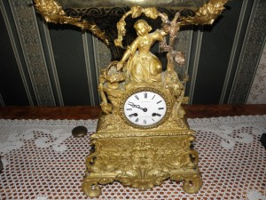 Antikvitet,sat,milenkovic,istoricizam,namestaj