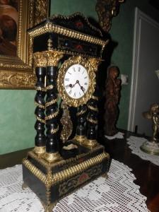 antikvitet,sat,namestaj,neorokoko,pancevo