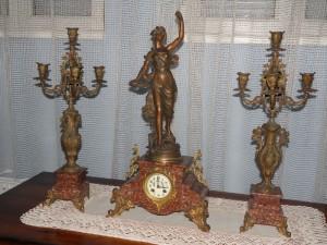 sat,antikvitet,namestaj,milenkovic,istoricizam