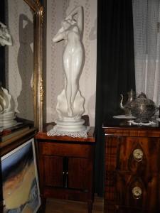 antikvitet,porcelan,secesija,ar deco,namestaj,milenkovic
