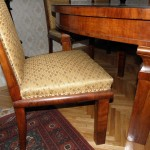 antikvitet,trpezarijska garnitura,sto,stolice,namestaj